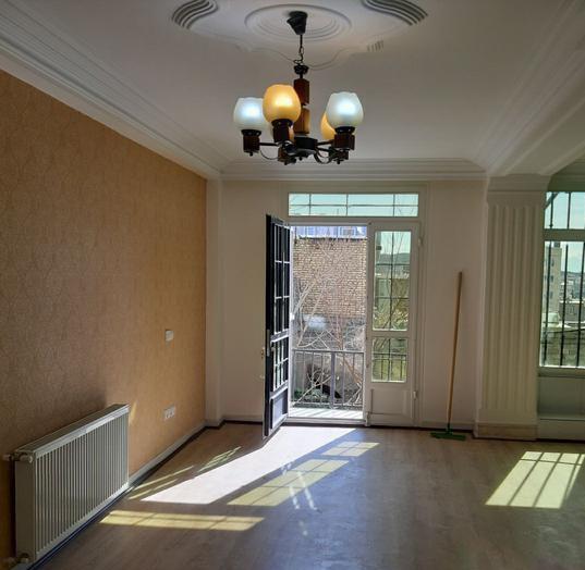 آپارتمان با چشم انداز عالی گیلاوند